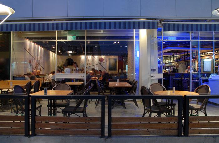 品森家具  与以色列复古风格的海鲜餐厅家具定制设计空间欣赏