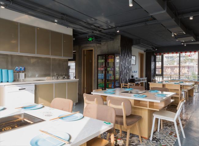 品森家具与上鱼河鲜火锅桌椅定制案例