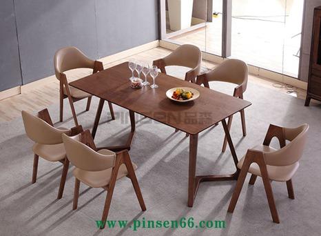 北欧实木餐桌10