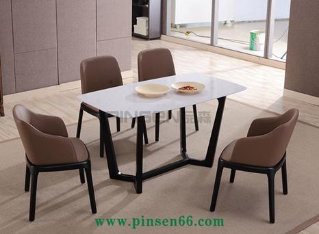 北欧实木餐桌11
