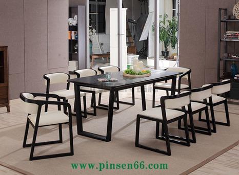 北欧实木餐桌2