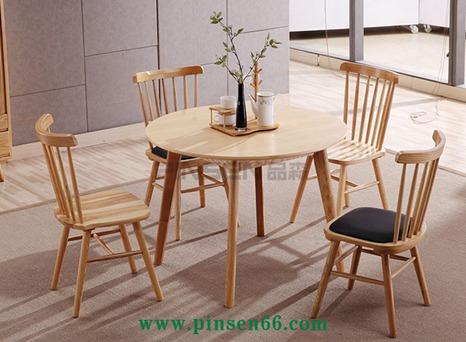 北欧实木餐桌9