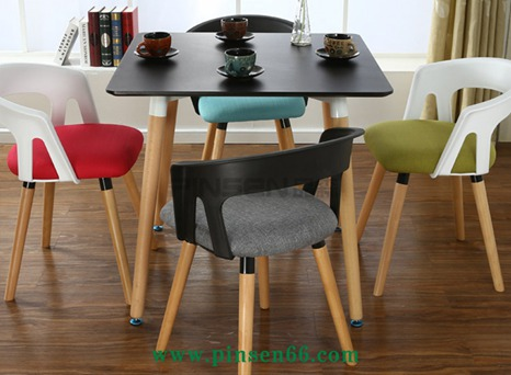 简约靠背书桌椅北欧休闲实木餐椅火锅店椅子