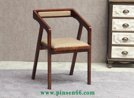 北欧实木椅 简约简洁型实木餐椅 咖啡厅扶手椅