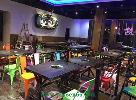 厂家批发定制复古实木火锅桌椅组合餐桌椅