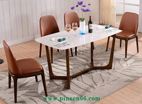 北欧实木餐椅 简约风格休闲椅布软包木椅子 酒店