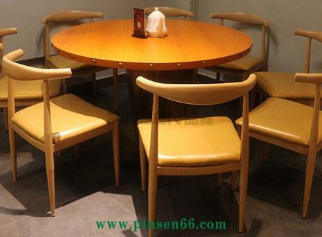 厂家定制餐桌椅  饭店桌椅