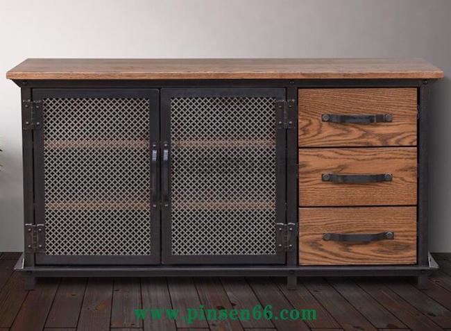 实木铁艺网窗带抽屉备餐柜