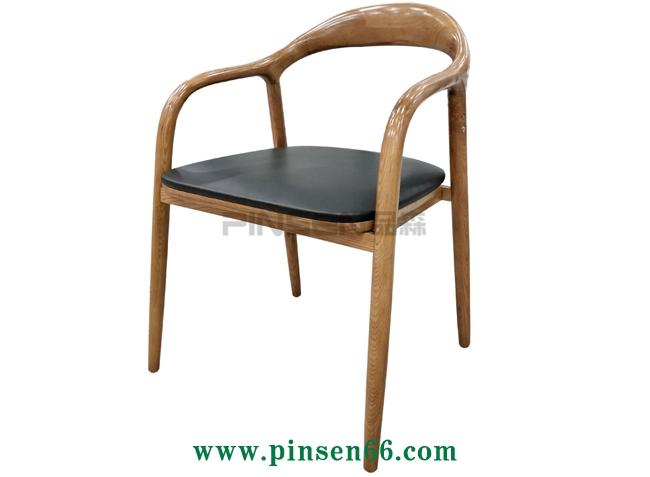 经典北欧实木椅子-北欧餐桌椅定制厂家