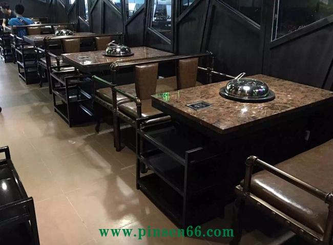 领海海鲜蒸汽火锅桌椅组合图片