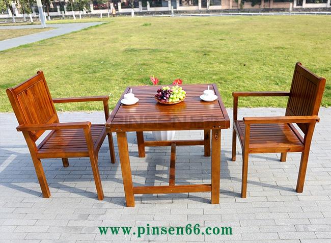 户外休闲咖啡桌