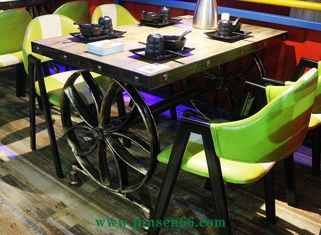 铁艺酒店餐桌椅组合 主题咖啡厅桌椅靠背椅子