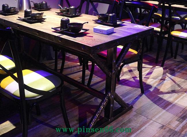 复古工业风桌椅