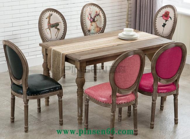 复古西餐厅餐桌椅