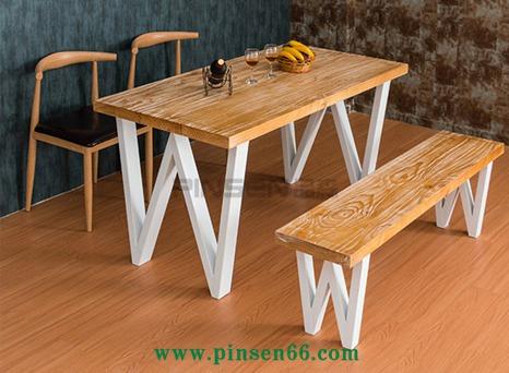 <b>铁艺加固西餐厅餐桌椅定制</b>