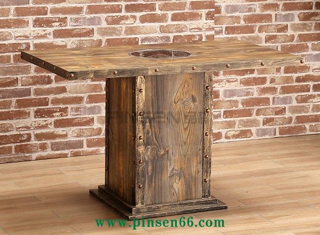 主题餐厅火锅桌椅 复古工业风碳化实木烧烤桌子 电磁炉烤涮一体