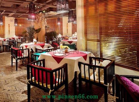主题餐厅西餐厅咖啡厅实木桌椅组合定酒店方形餐桌厂家定制直