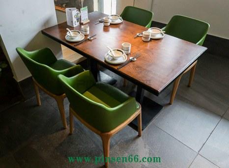 麦大叔客家菜餐厅桌椅