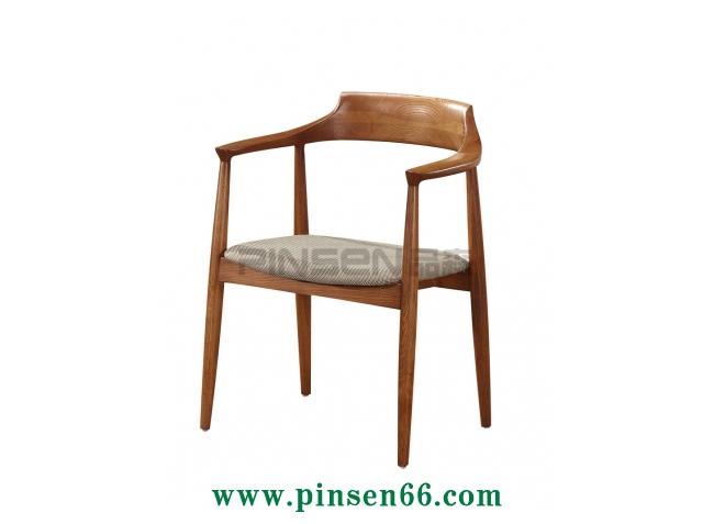 软包北欧实木椅-北欧餐厅桌椅定制厂家