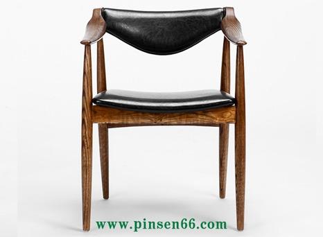 实木软包皮垫主题餐厅餐桌椅
